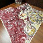 روسری گلدار